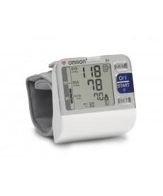 Omron R6 - Misuratore di pressione elettronico da polso